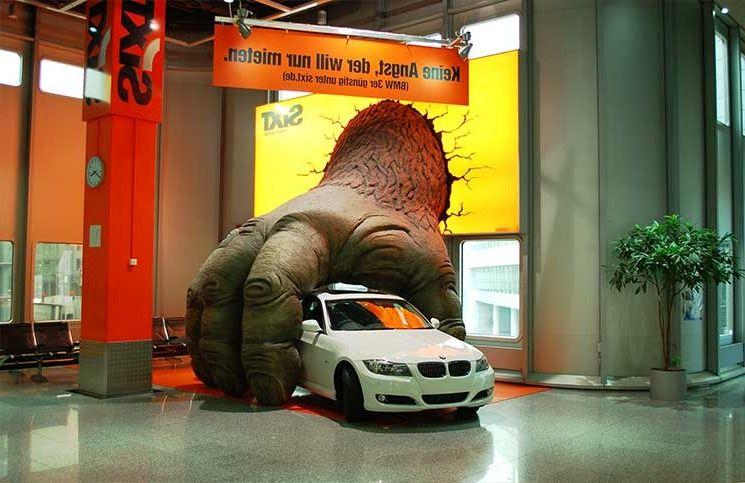 """Ejemplo de publicidad BTL de la empresa de alquiler de coches """"Sixt""""."""